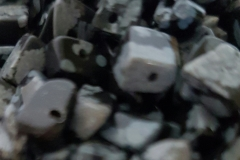 Snowflake-Obsidian-chips
